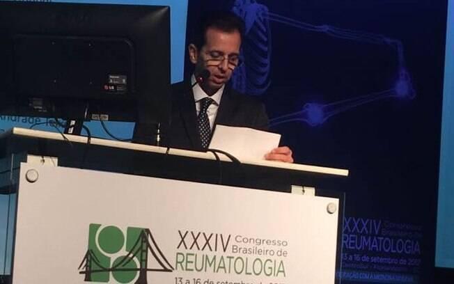 Presidente do Congresso Brasileiro de Reumatologia 2017 fala sobre as novidades no tratamento de artrite reumatóide