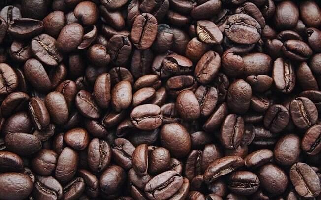 11 Simpatias com caf para afastar o mal e trazer um amor prspero