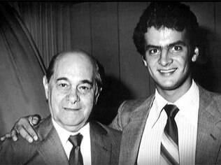 Tancredo Neves ladeado pelo neto, Aécio: com diverticulite, presidente eleito não pôde tomar posse