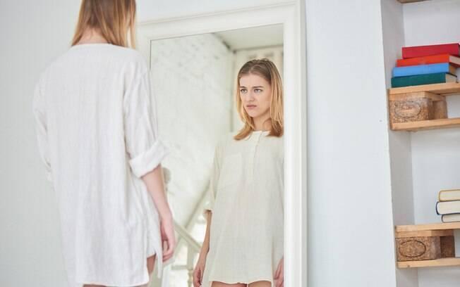 A autoestima e a pele tem mais relação do que você pensa e, segundo profissionais, uma coisa pode, sim, afetar a outra