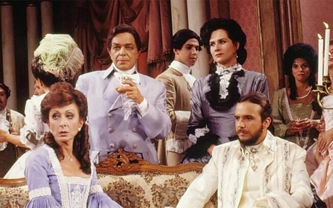 Aracy Balabanian, Edney Giovenazzi, Vera Holtz e Tato Gabus em cena da novela