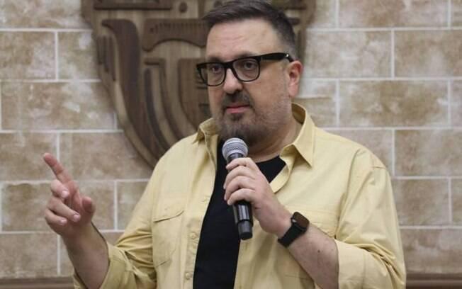 Rodrigo Carelli é o diretor de