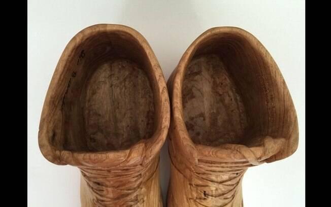 0b7e8b18f6 Tênis da Nike feito de madeira está à venda por R  30 mil. Você ...