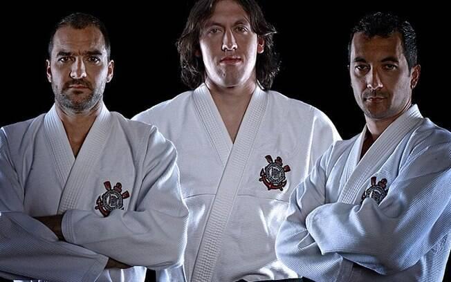 Danilo, Cássio e Douglas também pagaram de  modelo para campanha do Corinthians