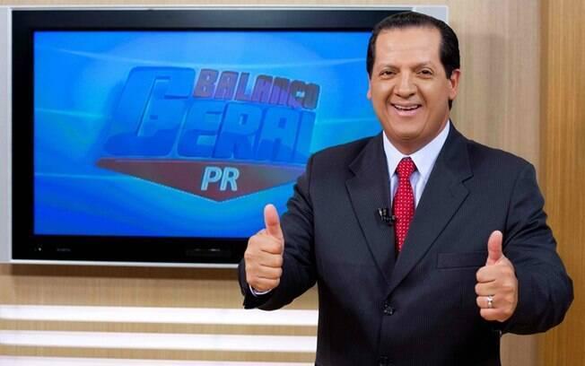 Gilberto Ribeiro, apresentador do Balanço Geral de Curitiba, foi demitido depois de postar fotos de sunga em suas redes sociais