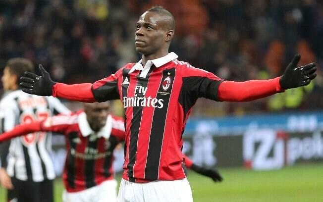 Anos depois, Balotelli defendeu o Milan