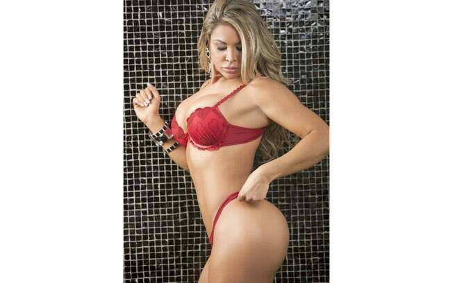 Miss Bumbum, represents the state of Distrito Federal