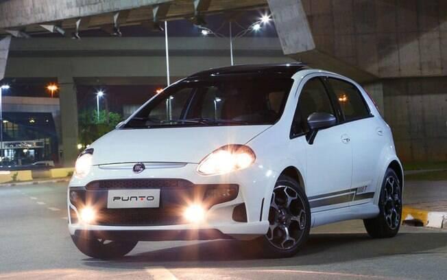 Fiat Punto  T-Jet vem com motor 1.4 turbo com velas de irído, que custam bem mais caras que as convencionais, entre outros itens
