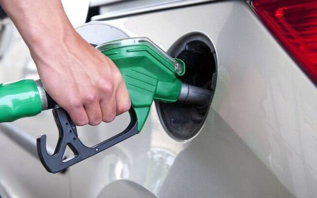 Bizarrices na Internet aparecem com a falta de combustível. Algumas até podem ser cogitadas para carburados ou flex