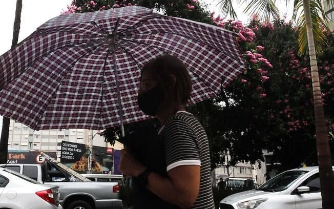Terça-feira tem tempo nublado e previsão de pancadas de chuvas