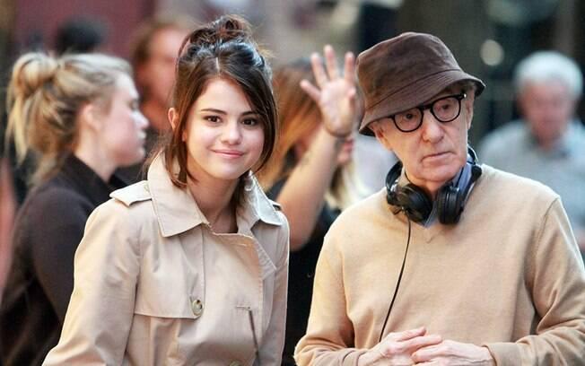 Woody Allen e Selena Gomez nas filmagens de