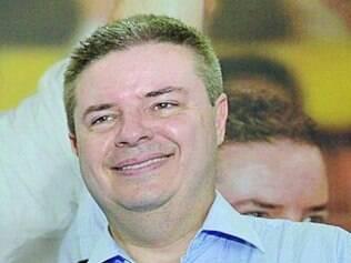 Apesar da vantagem, Antonio Anastasia nega que já esteja eleito