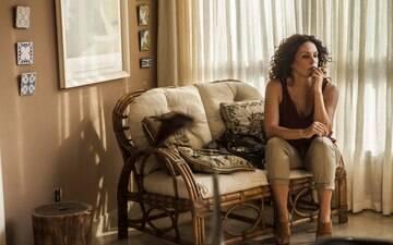 Com Carolina Ferraz inspirada,  filme exalta espírito humano