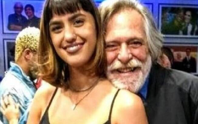 José de Abreu com a nova namorada