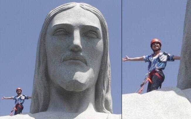 Eliana escala Cristo Redentor