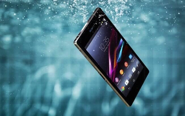 1a1e3af37f5 Novo smartphone Xperia Z1
