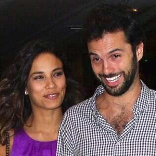 Bia Antony e Marcelo Ciampolini na pré-estreia de 'Alemão', em São Paulo