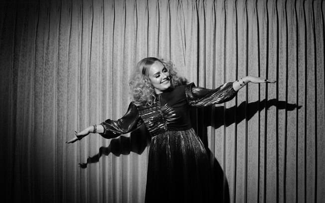 Adele deve lançar novo álbum ainda este ano