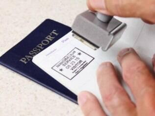 Mudança. Se o projeto for sancionado, os vistos para estrangeiros poderão ser expedidos de forma mais ágil