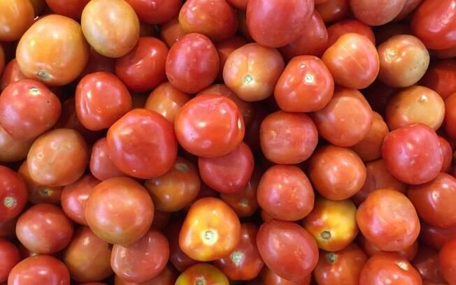 Tomate foi o alimento que registrou maior inflação no mês de outubro, com 51,27% no País. Em Porto Alegre, índice sobe para 66%