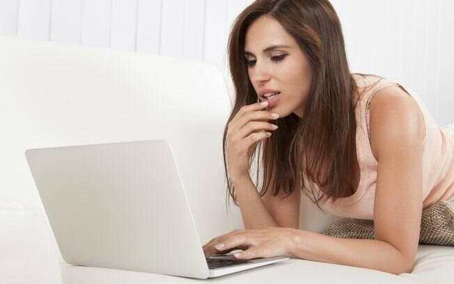8. Você encontra pop-ups de pornografia gay no computador, mas ele garante que não são dele. Foto: Thinkstock
