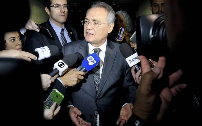 Pedidos de impeachment de Gilmar Mendes foram arquivados pelo presidente do Senado, Renan Calheiros