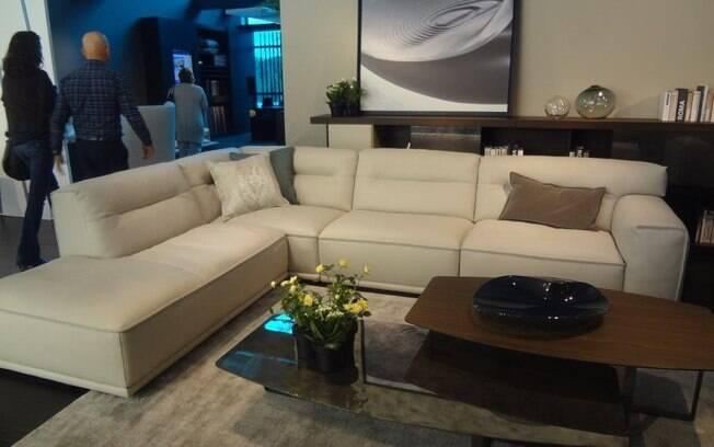 Almofadas são sempre benvindas para complementar a decoração. Só não exagere na quantidade e use cores complementares