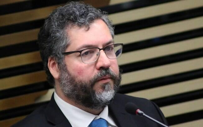 O chanceler brasileiro, Ernesto Araújo, reforçou apoio do Brasil a Juan Guaidó