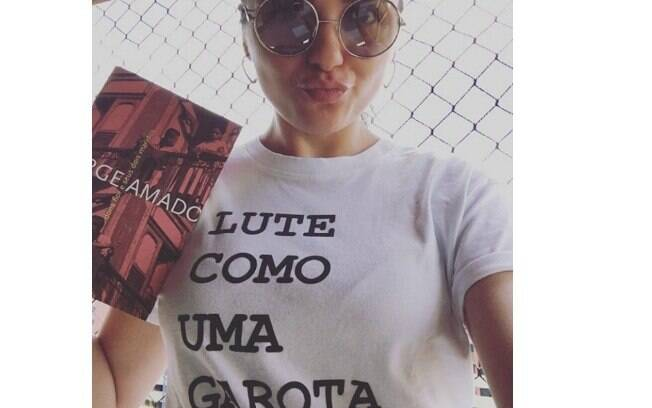 Monica Iozzi publica foto antes de votar