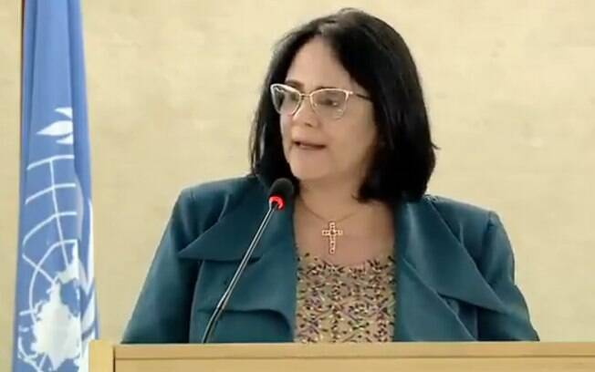 Em conselho da ONU, Damares Alves diz que Brasil se preocupa com violações aos direitos humanos na Venezuela