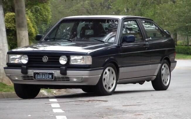 VW Gol GTI: primeiras unidades vinham pintadas apenas na cor Azul Monaco entre os detalhes exclusivos da versão