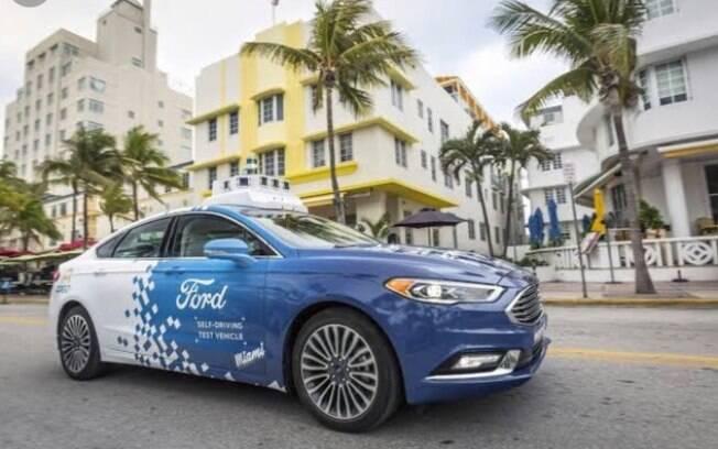 Além dos carros elétricos, a Ford e a Argo AI reuniram jornalistas para um teste nas ruas de Miami com o Fusion autônomo