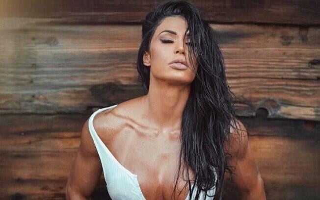Gracyanne Barbosa esbanjou sensualidade e ousadia nas redes sociais em 2018