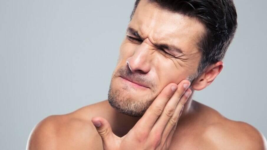 Engoli meu dente provisório ou restauração: o que devo fazer?