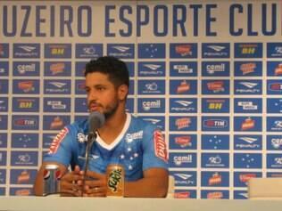Zagueiro Léo espera que o setor defensivo repita o bom desempenho das últimas temporadas