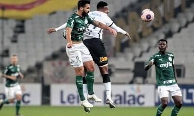 """Corinthians e Palmeiras empatam; jogo """"péssimo"""" vira piada na internet"""