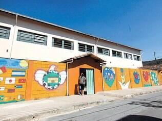 Suspensas. Após demissão, escola Ordália Ferreira Campos precisou fechar as portas por 13 dias