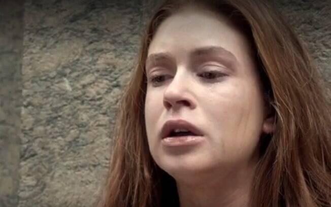 Após Gilda ir se encontrar com a filha, Dino ameaça mandar Eliza para a cadeia
