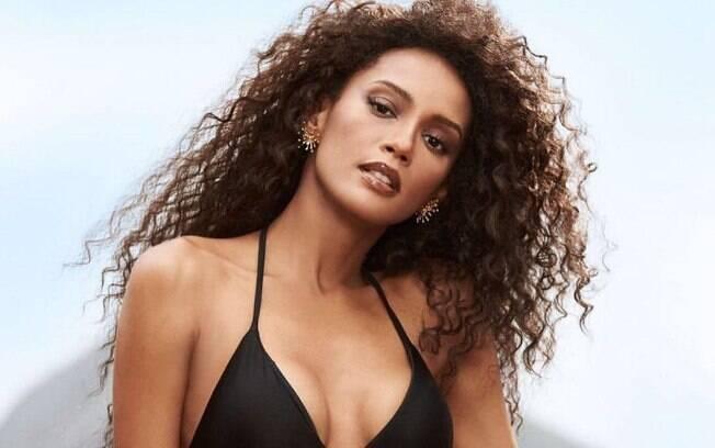 A atriz já participou de outros ensaios sensuais anteriormente