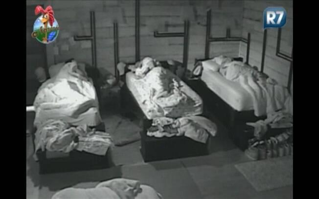 Peões caem na cama