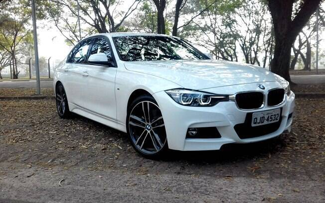 BMW 328i M Sport Plus: sedã está prestes de mudar de geração, mas conta com conjunto bem acertado e esportivo