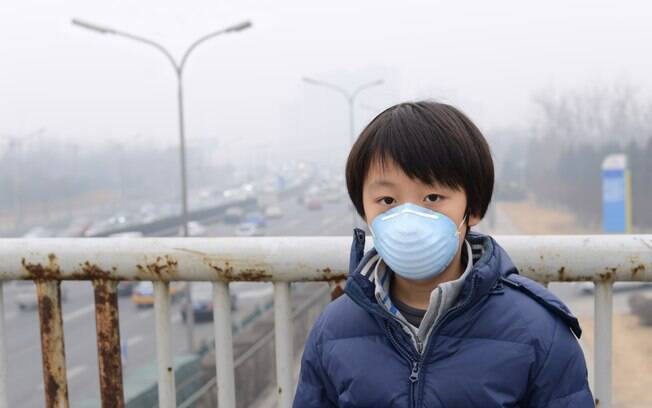 Crianças são mais vulneráveis à poluição do ar por respirarem mais rapidamente que adultos, absorvendo mais toxinas