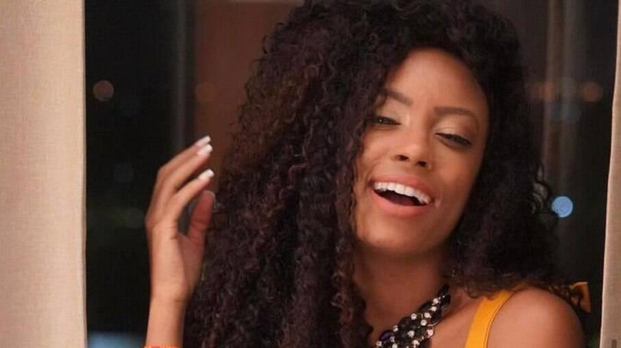 Lumena Aleluia revela que viveu relacionamento aberto