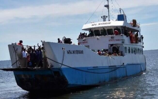 Naufrágio na Tanzânia ocorreu por superlotação em balsa; transporte tinha capacidade de transportar 100 pessoas
