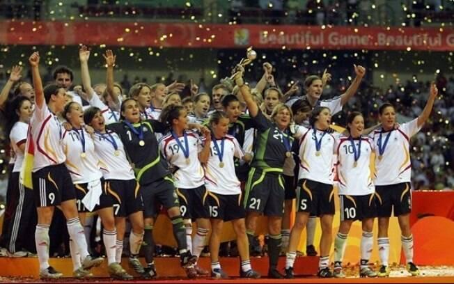 Seleção alemã de 2007 foi campeã mundial e aplicou a maior goleada do torneio