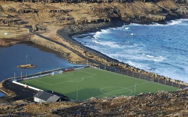 Estádio Eidi, em Ilhas Faroe