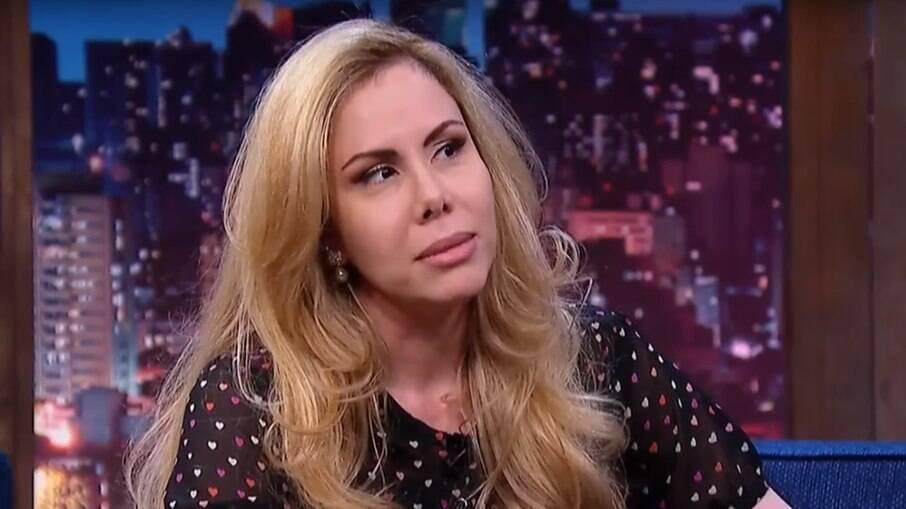 Sarah Sheeva critica quem utiliza roupas curtas