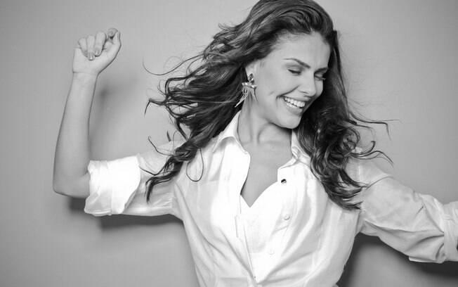 Paloma Bernardi: 'Toda mulher tem seu lado sensual. É só saber onde e como ligar o botão'
