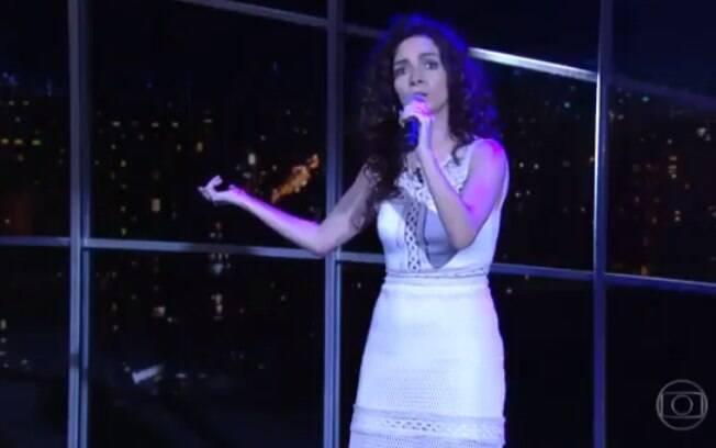 Claudia Ohana cantando Nirvana