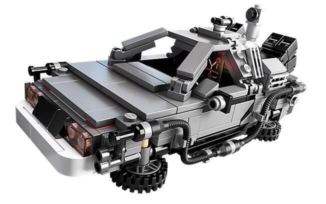 Para quem sempre sonhou em ter uma máquina do tempo, o Lego DeLorean Time Machine pode ser a solução, embora seja difícil de achar.